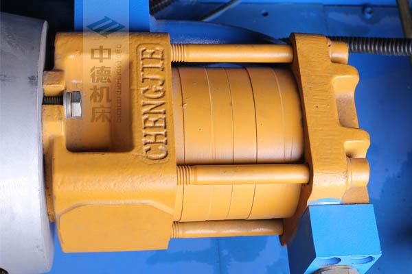 ZDPK-4015采用国内*品牌电机及油泵,动力强劲,噪音低.jpg