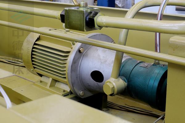 ZDG-832知名品牌电机及优质油泵,动力强劲澎湃.jpg